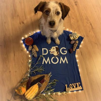 """Dog Mom"" Shirt mit Sammy"