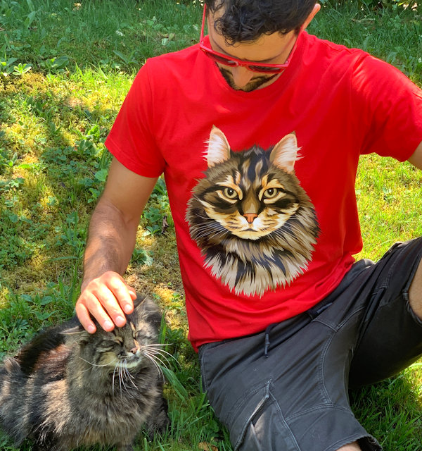Katze auf T-Shirt